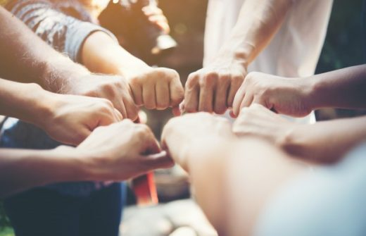 strength-people-hands-success-meeting_1150-1690